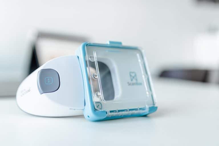 Vorteile unsichtbare Zahnschiene bei Smyle24 - Dental Monitoring